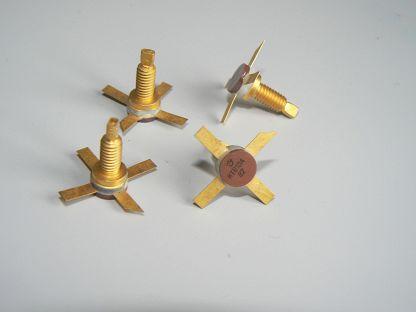 Скупка транзисторов КТ610 медный болт